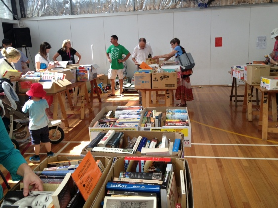 Parkdale PS fete book stall