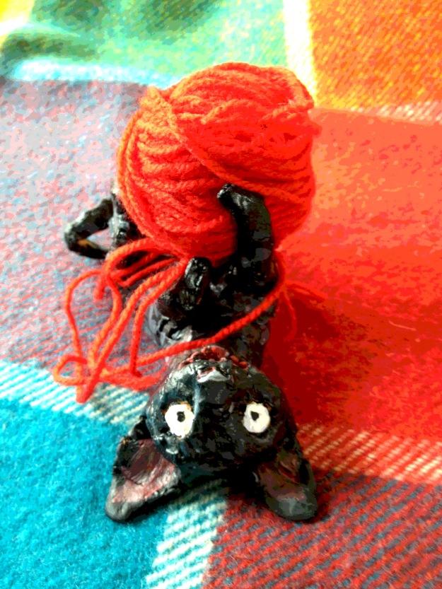 kitten holding yarn judywatsonart lores